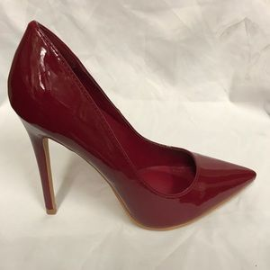 New 4.5 inches pointed heels in  burgundy patent